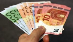 Gdy właściciel nie chce zwrócić kaucji warto wnieść pozew do sądu i odzyskać pieniądze.